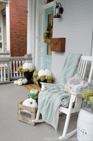 0b79741d38965dea5a290f4f8dc4db98--fall-front-porches-the-porch